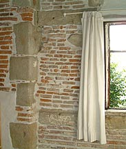 Do wall features with odd                     bricks, make a fortune as an artisan. COTTAGE                     INDUSTRY for any man