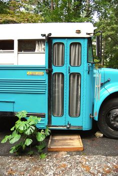 DELIGHTFUL REBUILT SCHOOL BUS TO LIVE/ TRAVEL IN --see pic